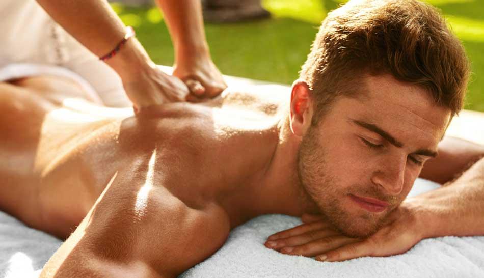 Le massage érotique pour se détendre et se faire plaisir